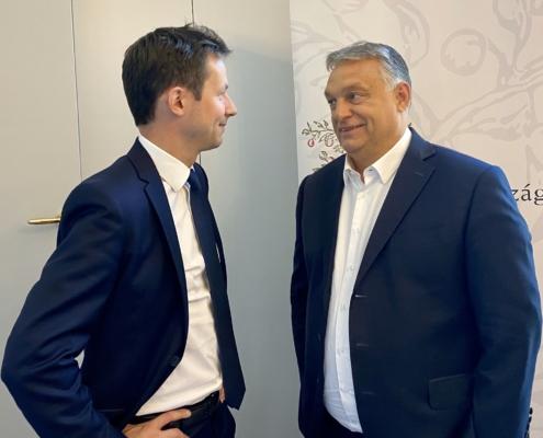 François-Xavier Bellamy avec Viktor Orban